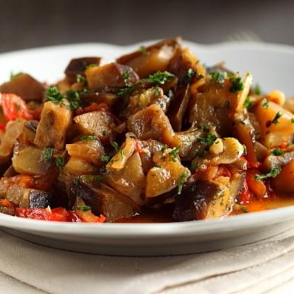Mâncare de legume cu sos de soia